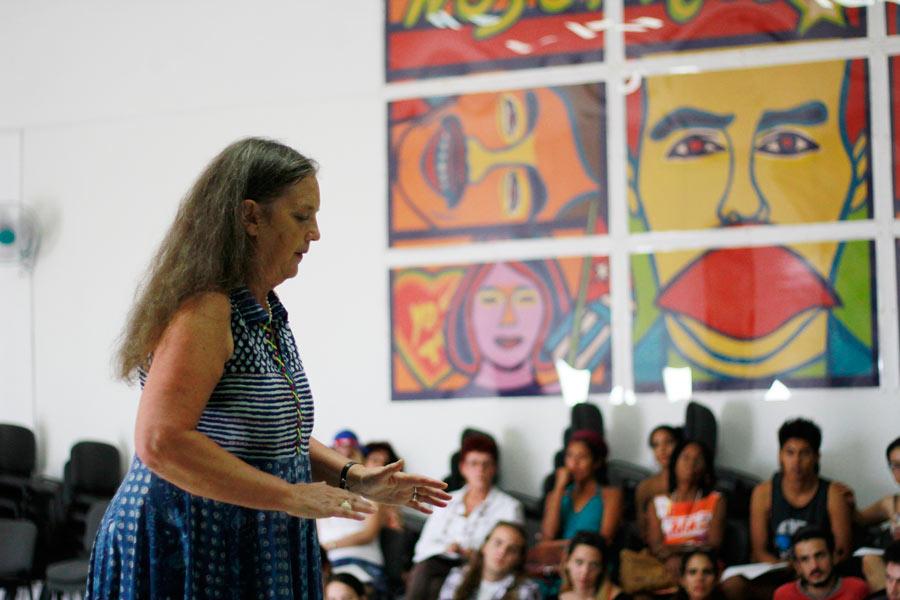 Julia Varley durante la visita a Cuba del Odin Teatret