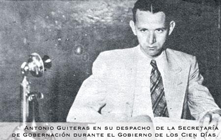 foto de Paco Ignacio Taibo II en la Casa de las Americas de La Habana