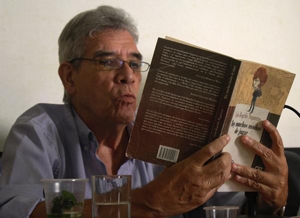 foto del escritor cubano Guillermo Rodríguez Rivera