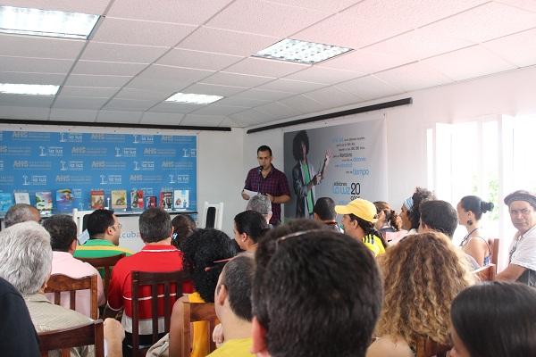 foto del VI Encuentro de Poetas en Cuba La Isla en Versos