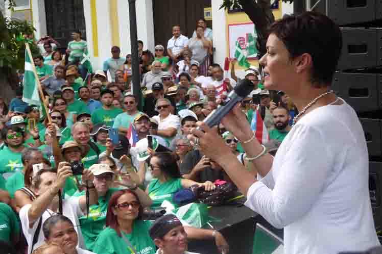 foto de María de Lourdes Santiago